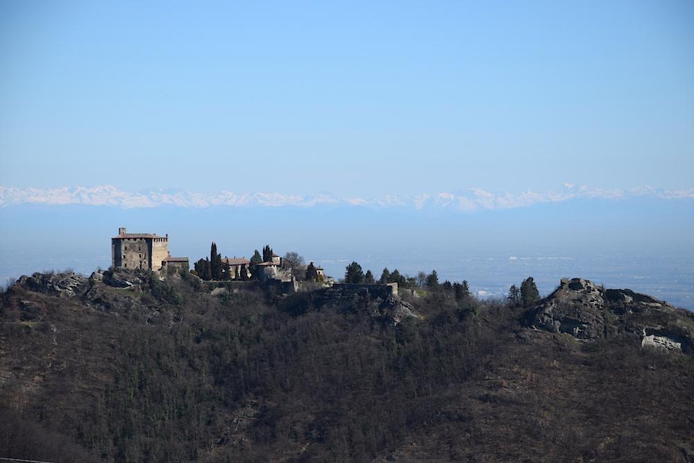 Rocca d'Olgisio, la perla che domina la Val Tidone